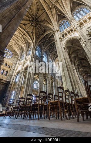 Nave and transept of Church of Saint Eustache interior with vaulted arches. Les Halles, Paris, France - Stock Photo