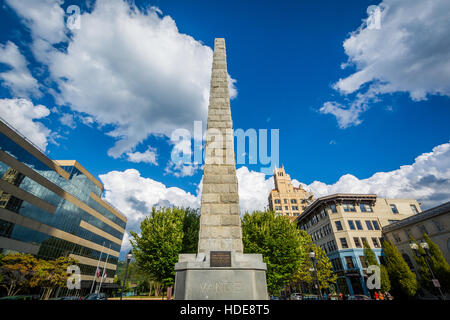The Vance Memorial in downtown Asheville, North Carolina. - Stock Photo