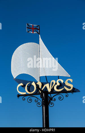 Sign at entrance to town on coast road, Cowes, Isle of Wight, UK - Stock Photo