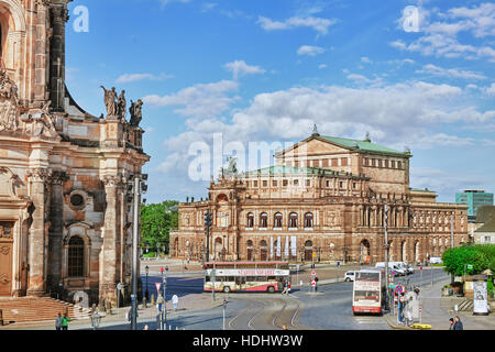 DRESDEN,GERMANY-SEPTEMBER 08,2015: Semperoper is the opera house of the Sachsische Staatsoper Dresden (Saxon State - Stock Photo