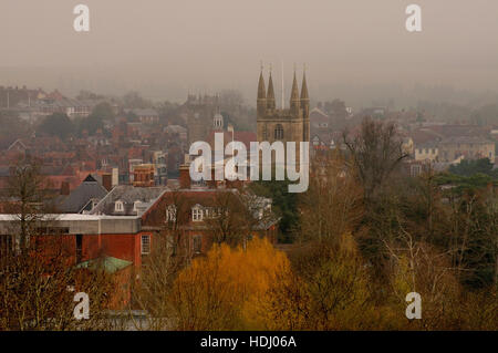 A foggy morning at the market town of Marlborough, Wiltshire. - Stock Photo
