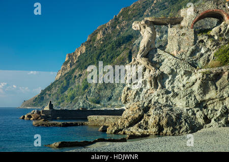 Il Gigante - The Giant, a statue of Neptune made of concrete in 1910 and heavily damaged in World War II, Monterosso - Stock Photo