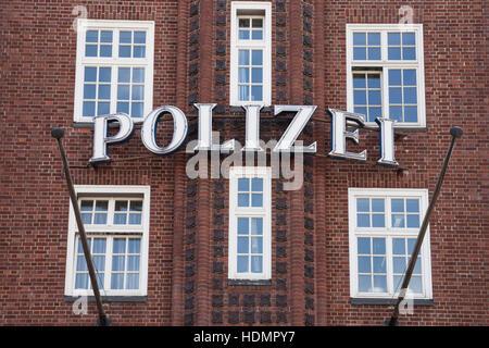 Davidwache police station, Reeperbahn, St. Pauli, Hamburg, Germany - Stock Photo