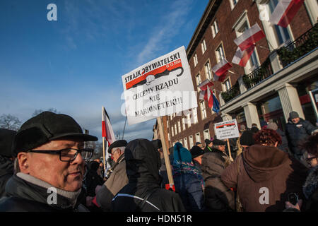 Gdansk, Poland 13 December 2016   The Committee for the Defence of Democracy (KOD) protest outside the Pomeranian - Stock Photo