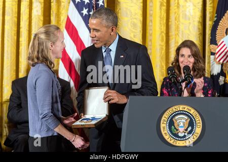 U.S. President Barack Obama presents the Presidential Medal of Freedom to great niece of Grace Hopper, Deborah Murray, - Stock Photo