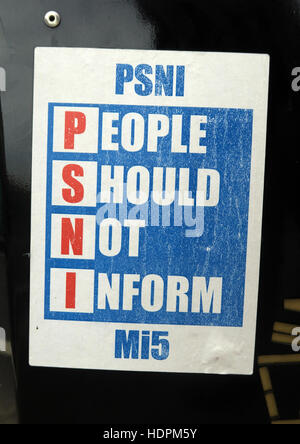 Belfast Falls Rd Republican sign, PSNI, Police Service Northern Ireland, People should Not Inform. Not Welcome In - Stock Photo