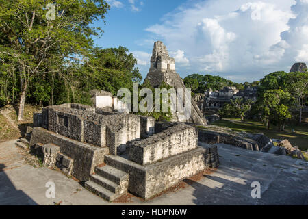 Temple I, or Temple of the Great Jaguar, is a funerary pyramid dedicated to Jasaw Chan K'awil, who was entombed - Stock Photo
