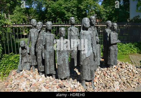 Skulptur ´Juedische Opfer des Faschismus´, Grosse Hamburger Strasse, Mitte, Berlin, Deutschland - Stock Photo