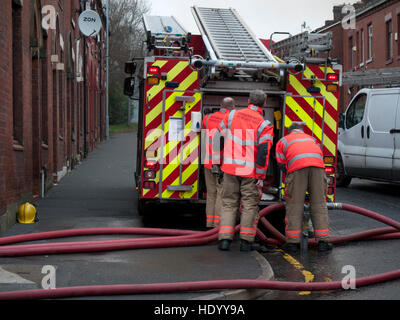 Oldham Lancashire, UK. 15th Dec, 2016. Huge fire was attended by the Greater Manchester Fire Services in Oldham - Stock Photo