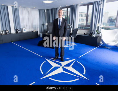 Brussels, Belgium. 16th Dec, 2016. NATO General Secretary Jens Stoltenberg, photographed in his office at the NATO - Stock Photo