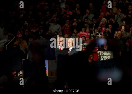 Hershey, Pennsyvlania, USA. 15th Dec, 2016. President-Elect Donald Trump and Vice-President-Elect Mike Pence hold a post-election Thank You Tour event of at the Giant Center in Hershey, PA. Credit: Bastiaan Slabbers/Alamy Live News