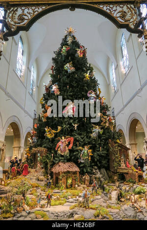 Medieval Sculpture Hall The Metropolitan Museum Of Art NYC Stock  - Medieval Christmas Tree
