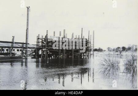 Ship on stock, River Hull in flood tide, Grovehill shipyard - Stock Photo