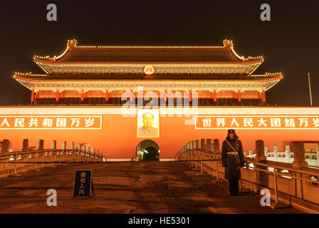 Peking: Tiananmen Square; Soldier at the Gate of Heavenly Peace, Beijing, China - Stock Photo