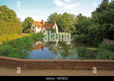 Willy Lott's house / cottage on the river Stour at Flatford mill East Bergholt Suffolk as seen in John Constable's - Stock Photo
