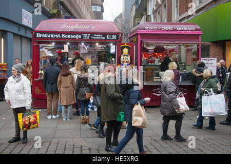 Fast Food and Takeaways. City centre food & drink outlet, kiosks in Manchester, UK. 17th December, 2016. Pre-Boxing - Stock Photo