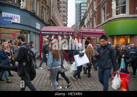 Manchester, UK. 17th December, 2016. Pre-Boxing Day Sales start in the city with several retailers now advertising - Stock Photo