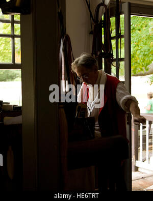 Colonial Williamsburg shoemaker - Stock Photo