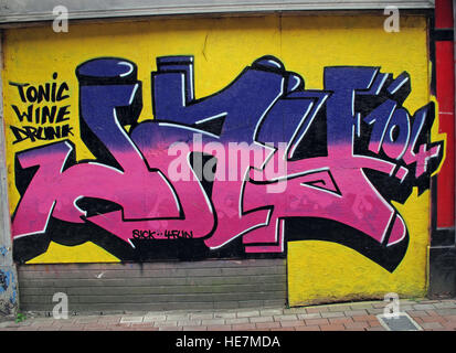 Tonic Wine Drunk, Graffiti art,Belfast Garfield St        City Centre, Northern Ireland, UK - Stock Photo