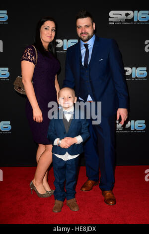 Star Guest Bradley Lowery with parents during the red carpet arrivals for BBC Sports Personality of the Year 2016 - Stock Photo
