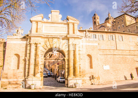 Urbino, a walled medieval city in the Marche region of Italy. View from gate 'Porta Valbona' along street 'via Mazzini'. - Stock Photo