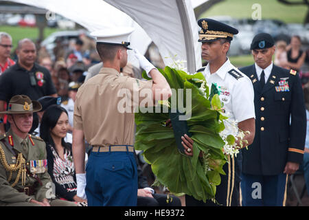 Gen. Vincent Brooks, Commanding General of the U.S. Army Pacific, prepares to lay down a wreath during the Australian - Stock Photo