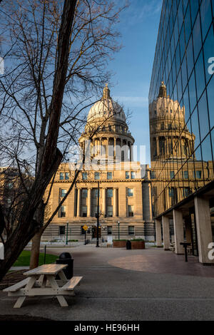 Idaho state capital building and reflection - Stock Photo