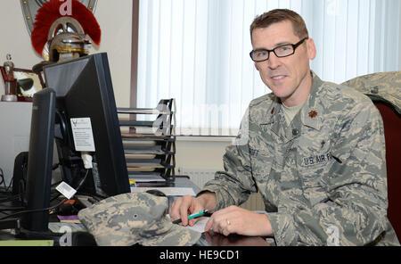 U.S. Air Force Chaplain Maj. Randy Croft, chaplain, 100th Air Refueling Wing deputy wing chaplain from Walla Walla, - Stock Photo