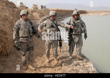 U.S. Navy Chief Michael Cortez, the Non-Commissioned Officer in Charge (NCOIC) of Quality Assurance/Quality Control - Stock Photo