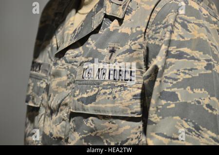 U.S. Air Force Chaplain John Schuck, 66th Air Base Group, Hanscom Air Force Base, Mass., holds church service during - Stock Photo