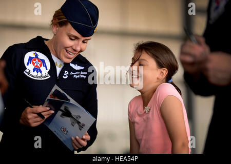 Maj. Caroline Jensen, Thunderbird 3, Right Wing, interacts with a young fan during a meet and greet session with - Stock Photo