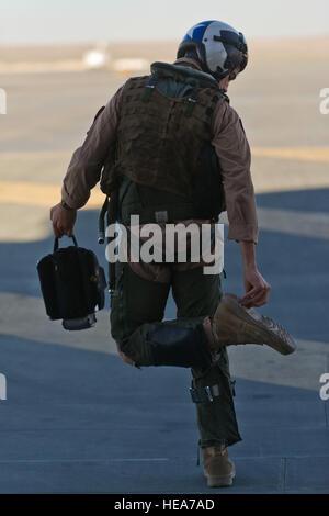 U.S. Marine Maj. Casey Elam, a pilot assigned to Marine Attack Squadron 214 'Black Sheep,' Marine Corps Air Station - Stock Photo