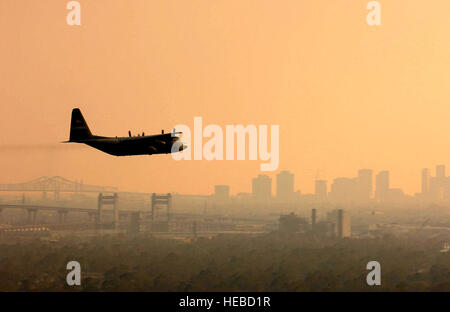 NEW ORLEANS -- A U.S. Air Force Reserve C-130 Hercules from the 910th Airlift Wing at Youngstown Air Reserve Station, - Stock Photo