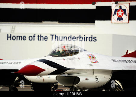 Maj. Caroline Jensen, Thunderbird 3, Right Wing pilot, taxis out for a training sortie at Nellis Air Force Base, - Stock Photo