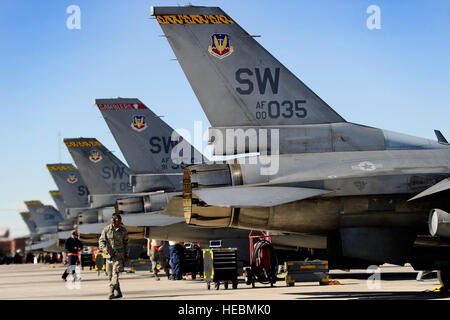 U.S. Air force crew chiefs assigned to the 20th Aircraft Maintenance Squadron perform their final checks before - Stock Photo