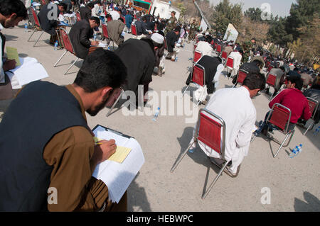 101104-F-1020B-036.jpg Kabul - More than 4,560 candidates take a test to compete for 600 available National Military - Stock Photo