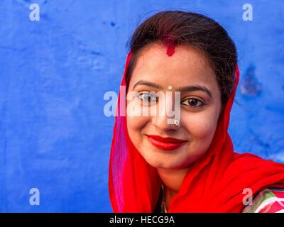 Indian woman in colorful sari, Jodhpur, Rajasthan, India - Stock Photo