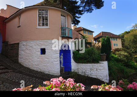 The Round House, used for No 6's cottage in the Prisoner TV series, at the Portmeiron Italianate village in North - Stock Photo