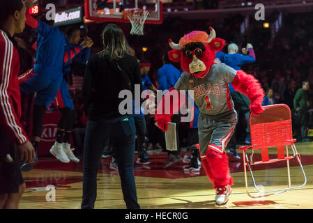 Chicago, USA.  19 December 2016. Bulls mascot, Benny the Bull entertains spectators at the Chicago Bulls vs Detroit - Stock Photo