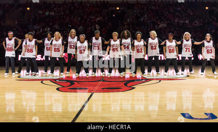 Chicago, USA.  19 December 2016. The Swinging Seniors cheerleaders entertain spectators during the Chicago Bulls - Stock Photo