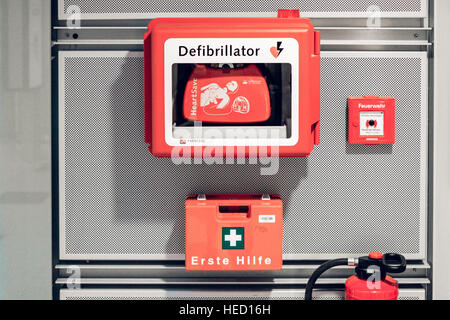 Berlin, Germany. 20th Oct, 2016. A defibrillator, taken on 20.10.2016 in Berlin. Photo: picture alliance/Robert - Stock Photo