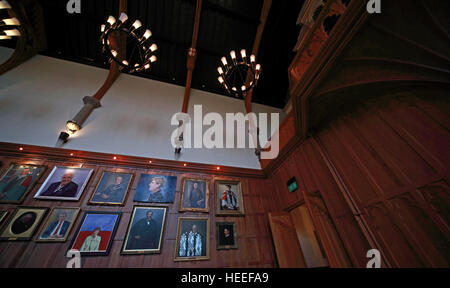 Queens University Belfast The Great Hall with paintings - Stock Photo