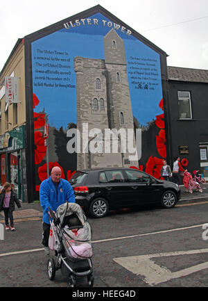 Belfast Unionist, Loyalist Mural of Ulster Tower gable end from battle of the Somme - Stock Photo