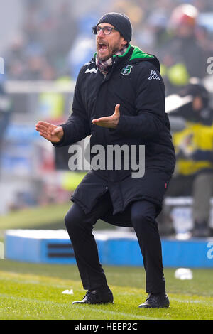 Reggio nell'Emilia, Italy. 2016, 18 december: Eusebio Di Francesco, head coach of US Sassuolo, gestures during the - Stock Photo