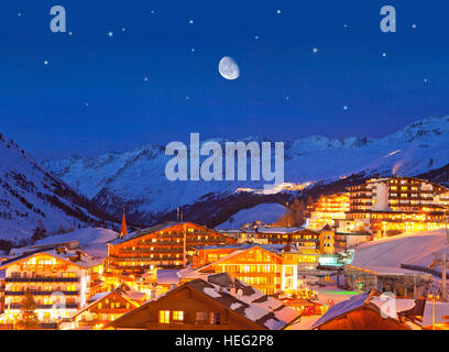 Austria, Tyrol, Ötztal, winter evening in Obergurgl (village) - Stock Photo