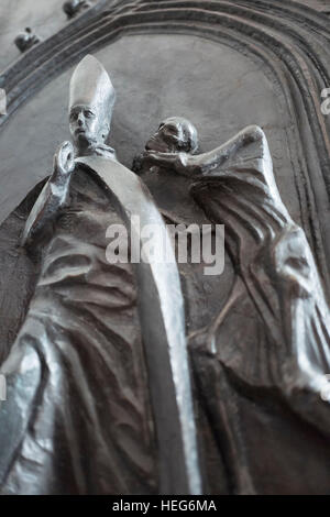 Bronze character of Joseph Kardinal Wendel, archbishop of Munich and Freising in the Church of Our Lady, Munich - Stock Photo