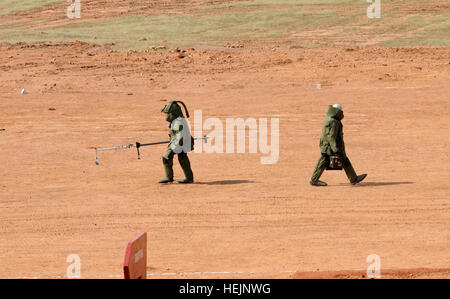 Indian army soldiers, 31st Armor Division Indian army, demonstrate how Improvised Explosive Device (IED) detection - Stock Photo