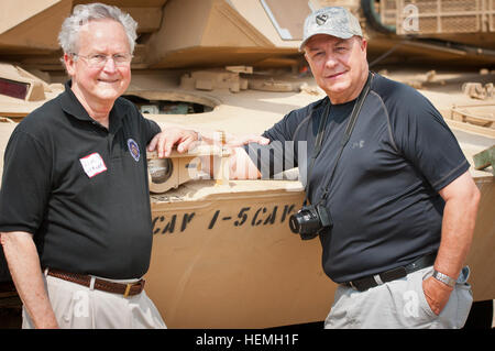 KILLEEN, Texas -- Retired U.S. Army 1st Sgt. John Therrien (right) and Lt. Col. Jim Buckner, who served together - Stock Photo