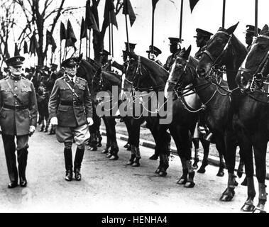 General of the Armies of the United States John 'Black Jack' Pershing and Col. Harry Cootes, commander of Fort Myer, - Stock Photo