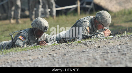 Expert Infantry Badge candidates assigned to 2nd Brigade Combat Team, 10th Mountain Division (LI), Fort Drum, N.Y., - Stock Photo